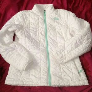 North Face white packable puffer jacket. Large